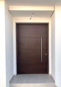 puerta pivotante